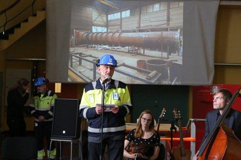 Styreleiar Ola Lingaas i Svelgen Kraft ønskte velkommen til opningsfest.