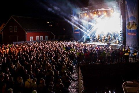 Frå konserten i Kalvåg i fjor.