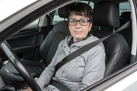 IKKJE SLIK: Hildur Stavestrand seg seg aldri i bilen med beltet over tjukke klede, slik som jakke eller genser.