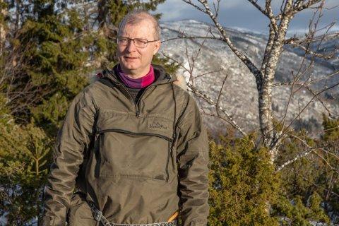 FORSKAR: Carlo Aall har sans for klimakrisevedtaket i fylkestinget. – Frykt er ei viktig drivkraft for handling, seier han.
