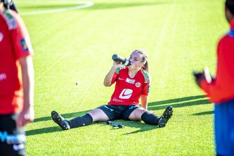 De fikk en knallstart, men til slutt ble semifinalen mot Vålerenga en nedtur for Ingrid Lovise Jåstad og Arna-Bjørnar.