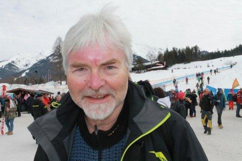 GLOBETROTTAR: Runolv Stegane, opprinneleg frå Eikefjord, har som levebrød å arrangere idrettsreiser verda rundt.