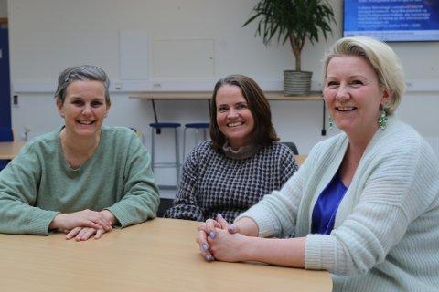 KONFERANSE: Bente Nygård, Trine Eide og Cecilie Udberg-Helle i KF Innvandrarsenteret arrangerer integreringskonferanse i Florø.