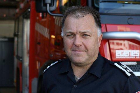 Robert Endestad, brannsjef i Flora.