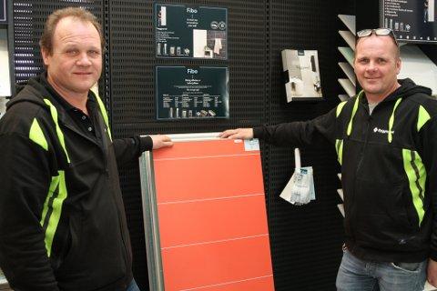OVERSKOT: Med rekordomsetnad på 24 millionar kroner kan Hans Roger Pedersen og Rolf Kåre Almenning på Byggtorget i Florø notere seg for nok eit bra år, og eit pent lite overskot i 2019.