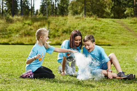 FORSKAR: I 2018 hadde Forskerfabrikken 5500 barn fra 5. til 7. klasse på 234 sommerskoler i heile Norge.
