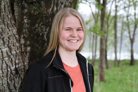 Mira Eide Fjellestad er snart 17 år, og klar for framtida, trass i at ho har ein litt meir omfattande bagasje enn mange andre på hennar alder.