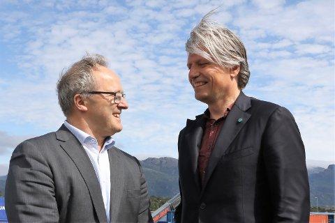 PÅ NETT: Klima- og miljøminister Ola Elvestuen og konserndirektør i Fjord1 Dagfinn Neteland verka å vere på nett.