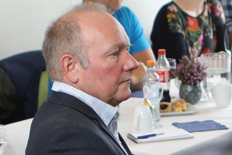 MÅ IGANG: Jan Henrik Nygård (V) er skuffa over at fylkesrådmann Rune Haugsdal set bremsene på i anboda når det gjeld nullutsleppsteknologi på persontransport på sjø.