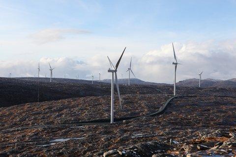 I VINDEN: Vindkraftverket på Guleslettene er ein faktior, men ikkje den viktigaste  når Mattilsynet no ber Kinn finne reservevasskjelde.