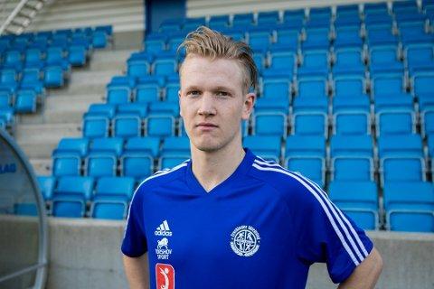 KLAR: Her er Even Hepsø Vetås i Lysekloster-drakt i 2019. I 2021 skal han spele i ein mykje finare drakt!