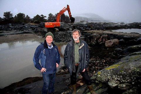 MEIR VEG: No startar bygginga av meir universelt utforma køyreveg langs sjøen på Sørstrand Folkepark. Styreleiar Jan Henrik Nygård saman med eldsjel og prosjektleiar Magne Hovland.