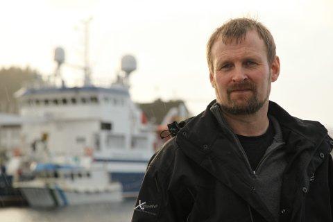 Kristian Korneliussen  er skipper ombord i «Breivik Junior».