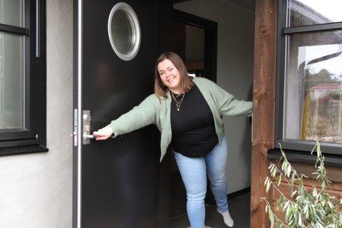Guro Kvalsund ser fram til å kunne invitere familie og vener på besøk når det blir høve å omgåast igjen.