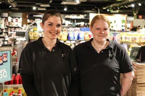 NY BUTIKKSJEF: Ingrid Hestvik Viken (27, til venstre) har teke over som butikksjef på Nille Amfi Florø etter at Anny Langø pensjonerte seg. Fram til dei får på plass ein tilsett til, er det Ingrid og Mika Sunnarvik (34) som kjem til å drive butikken på senteret.