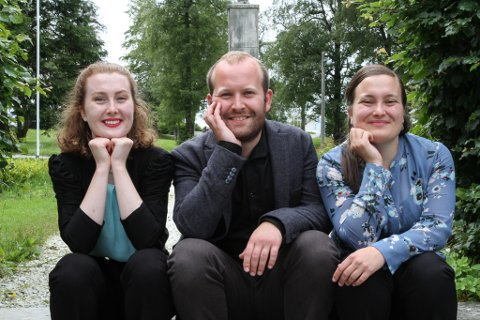 Søskena Andreas, Hilda og Mildrid Taklo heldt for første gong konsert i lag i kyrkja i Florø onsdag 15. juli.