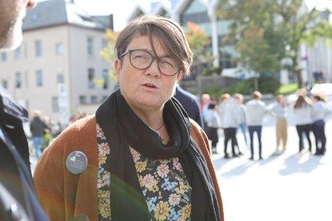 Anen Kristin Førde, ordførar i Bremanger, gler seg over at kommunen hennar skal delta i Flyt-prosjeket, som er finansiert av Kronsprinsparets fond. Halvparten av 10.klassingane i Bremanger vil få plass.