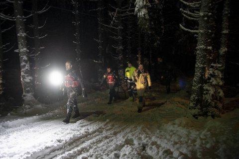 GJENNOM ISEN: Politiet rykte ut til Bahusvatnet i Fana etter melding om at ein person hadde gått gjennom isen.