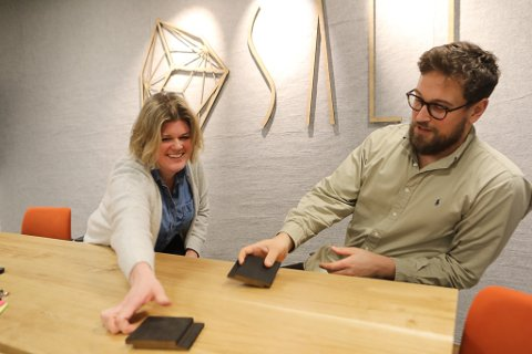 LEIINGA: Ann-Kristin Strømmen er blitt ny dagleg leiar og Idar Grøneng Havn er styreleiar for Salt Arkitekter. Det dei begge helst vil vere full tid, er prosjekterande arkitektar, men det får dei også lov til. Dei bestemmer sjølve no.