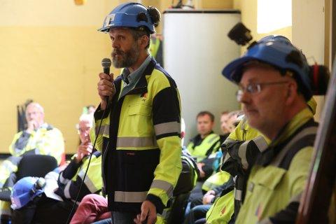 100 ÅR : Ingeniør Per Helge Eikeland i SFE ser fram til eit strålande jubileum for smelteverksbygda Svelgen i helga.