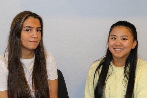 MINDRE ALKOHOLKONSUM HOS DEI YNGRE: Sofie Sørsund og Emilie Aguirre er ikkje overraska over resultatet i spørjeundersøkinga.