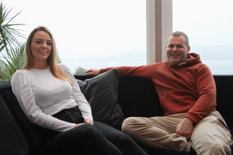 217 m²: Elise Vee og Dan Roger Book har i sanning fått meir boltreplass etter at dei flytta inn i Slettevollsvingen. – Den førre leilegheita vår var mindre enn ein etasje er her.