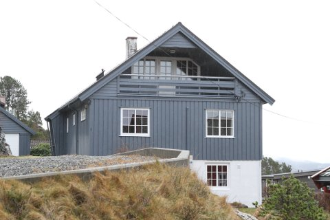 HEIMELSOVERGANGAR: Vågavegen 8 er overdratt fra Marit Alida Østvik til Jan Magne Østvik.