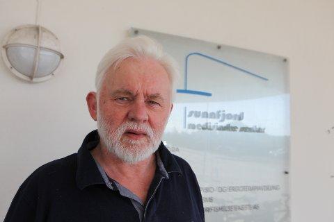 SVÆRT FÅ PLAGER: Når Jan Helge Dale tysdag opnar opp for to nye aldersgrupper for vaksinering, kan han samtidig konstatere at nesten ingen har fått reaksjonar eller biverknader av vaksineringa.