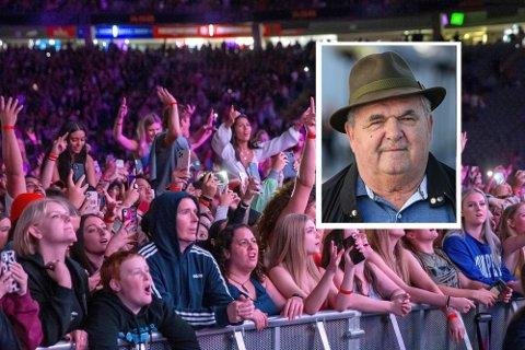 RETT RUNDT HJØRNET: Høyrt om bandet Six60? Dei trekte 50.000 menneske i byen Auckland på New Zealand 24 april i år. - Kiwi'ane har fått styr på koronaen og denne konserten kan tyde på at vi er på veg mot betre tider, seier Knut Magnussen i denne vekas: Knuten på Tampen.