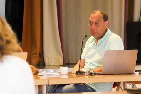 KRISE: – Det skyhøge sjukefråværet blant kommunetilsette i Kinn, set kommunen i eit økonomisk uføre på driftssida, konstaterer administrasjonsutvalet sin leiar, Anders Ole Sunnarvik (Ap).