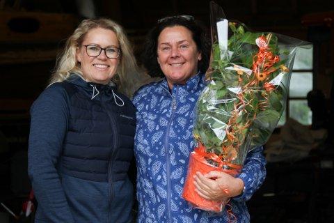VIKTIG: – Det er viktig for all sport å ha lokale tilbod. Det er bra for golfinteressa at folk har høve til å spele fleire plassar, sa Ingrid Stavang frå Sunnfjord Golfklubb, her saman med leiar i Florø Golfklubb, Tove Natvik, til høgre.