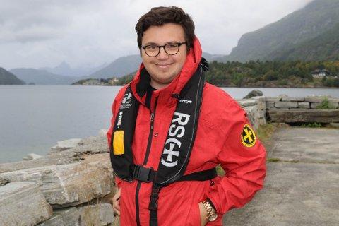 FRIVILLIG: Vebjørn Leite Olsen engasjerer seg i mykje. I helga var han frivillig under Eikefjorddagane saman med Redningsselskapet.