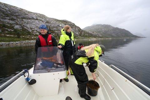 VILLAKSFISKAR: Rune Eikeland og familien hans i Berle har fått forbod mot å fiske med kilenot for å verne villaksen i innlandselvane. No kjempar han vidare mot at det skal etablerast eit fiskeoppdrett ved lakseverpet på Klubben ved Berle.