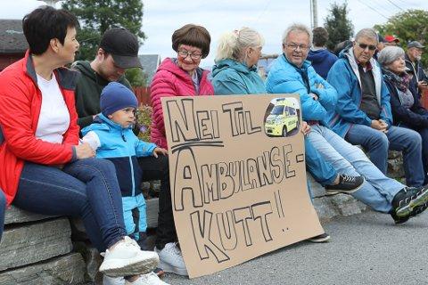 ENGASJEMENT: Det var i alt 400 frammøtte på folkemøta i Bremanger og Kalvåg i samband med forslaget til ny ambulanseteneste.