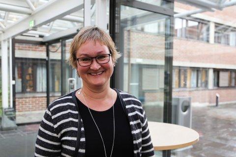 NYE JOBBAR: Dina Lefdal, påtroppande fylkesdirektør for infrastruktur og veg for Vestland fylke, er bekymra fylket ikkje vil ha nok pengar, men meiner omsettinga blir bra for fylket.