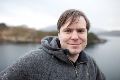 Ordførar i Eid, Alfred Bjørlo fortel at formannskapet i Eid i dag samrøystes gjekk inn for å støtte overgrepsmottaket i Førde.