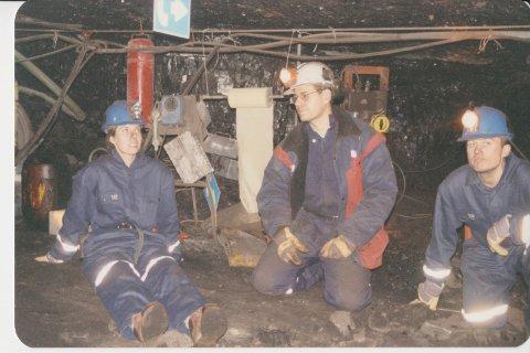 Thomas Addison syner fram gruva på Svalbard i 1996.