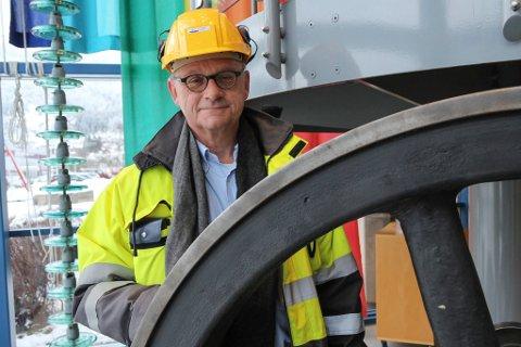 BREMSAR FORBRUKET: - Målet er å få straumkundane til å tenke seg om, seier adm. dir. Fredrik Henrik Behrens i Sunnfjord Energi.