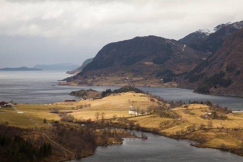 – Vedtaket om sjødeponi i Førdefjorden er ikkje berekraftig, meiner Inger Fure Grøtting.