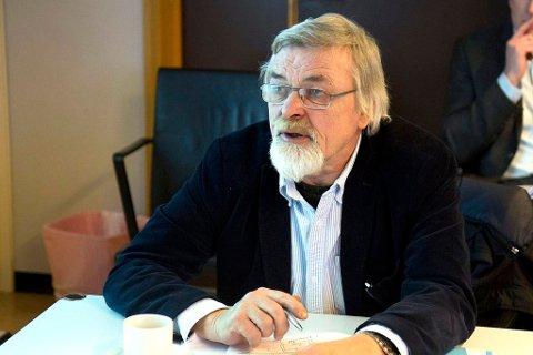Harry Mowatt får beisk kritikk for leiarstilen sin i vervet som styreleiar for Musea i Sogn og Fjordane.