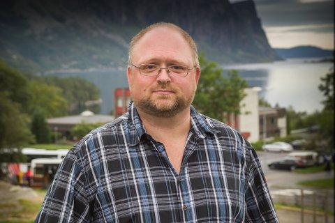 UROLEG: I eit brev til innvandrings- integreringsminister Sylvi Listhaug, ytrar Hyllestad-ordførar Morten Askvik (Senterpartiet) uro for situasjonen til unge asylsøkjarar.