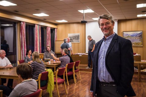 Håkon Myrvang (Ap) er spent på valresultatet, men har ei god kjensle