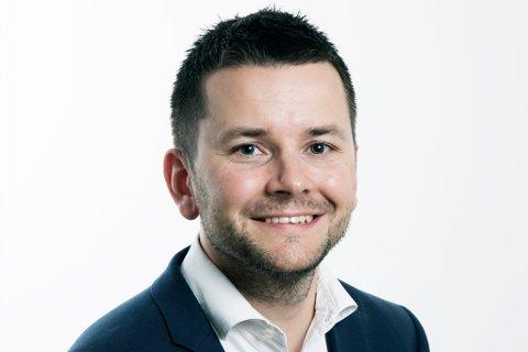 SLUTTAR: Øyulf Hjertenes sluttar no som sjefsredaktør i BT. Han går inn i ei direktørstilling i Schibsted Kyst.