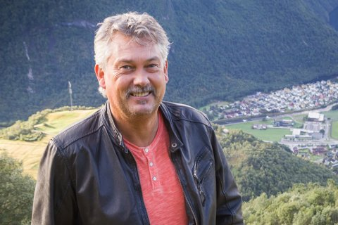 Petter Sortland frå Arbeidarpartiet fekk fornya tillitt som ordførar i Høyanger