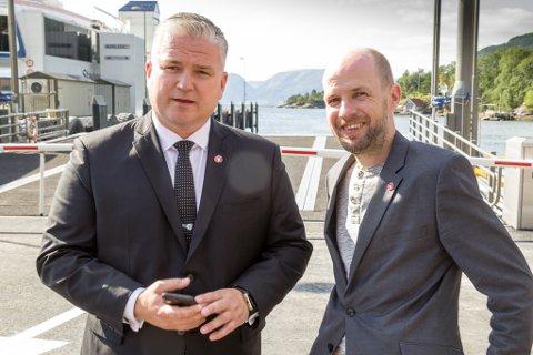 Tom Cato Karlsen (statssekretær i samferdsledepartementet Frp) og Frank Willy Djuvik (fylkesleiar FrP).