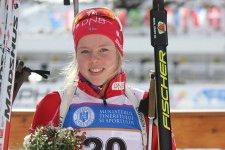 Karoline Erdal vart fredag verdsmeister i skiskyting i Romania.