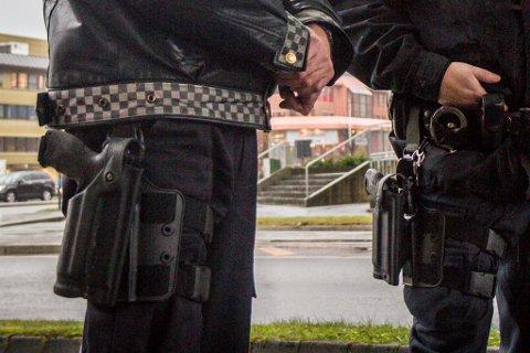 SVEKKA TILLIT: Politiet si innbyggarundersøking for 2018 syner at politiet har svekka tillit sett opp mot året før. Bildet er eit illustrasjonsfoto.