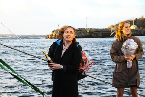 DÅP: Sofie Larsen døypte båten «Sofie Byrknes».