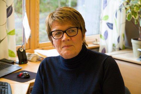 STENGER AV: Fjaler kommune stenger kommunehuset for besøk for å beskytte kriseleiinga mot smitte, seier kommunaldirektør Bente Nesse.