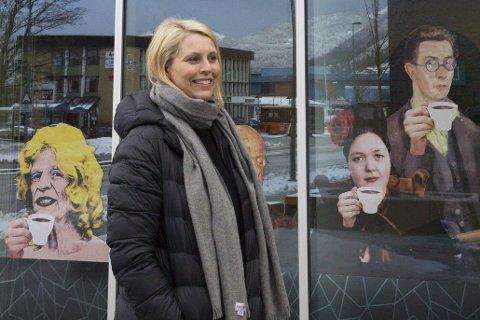 PÅ TOPP: Janne Kathrine Leithe er ein av få kvinner i toppstillingar i Sunnfjord. Då ho søkte var tre av åtte søkjarar kvinner.                                                               Foto: Elise Løvereide